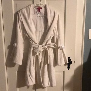 Mrs. bathrobe
